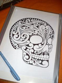 Skull Motiv Polynes Ornament Black