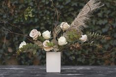 This floral design expert behind the unique florist and plant shop, which specializes in lush, textured, garden-style arrangements in Brooklyn. Collage, Flower Fashion, Ikebana, Beautiful Space, Garden Styles, Floral Arrangements, Lush, Bouquets, Brooklyn
