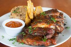 ¡Restaurantes donde comerás las mejores costillas y carnes a la parrilla! Chequea esta lista: http://www.sal.pr/?p=101977