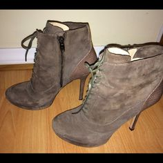 Joan & David taupe suede platform lace up booties Gorgeous and minimally worn taupe suede booties from Joan & David. Perfect for fall's boho theme, especially paired with some flared denim or trousers. Price is firm. Feel free to ask any other questions! Joan & David Shoes Ankle Boots & Booties