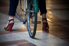 #Tacchi a spillo o #Ballerine ? Ecco come scegliere la #scarpa giusta per il #piede giusto - #wisesociety