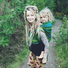 lovely long dreads Raves, Psychedelic Art, Trippy, White Dreads, Blonde Dreads, Dreads Girl, Rasta Hair, Hippie Mama, Hippie Culture