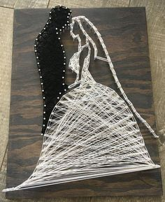 Bride and Groom String art individuelle Geschenke The post Bride and Groom String art appeared first on Hochzeitsgeschenk ideen. String Art Diy, String Art Tutorials, String Crafts, String Art Patterns, Wedding String Art, Arte Linear, Diy And Crafts, Arts And Crafts, Art Crafts