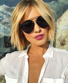 Newest Free of Charge 25 cute bob hairstyles for fine hair 2019 best short & long hairstyle 00029 ~ Li. Ideas Who created the Bob hairstyle? Bob has been leading the group of tendency hairstyles for decades. Bob Style Haircuts, Short Layered Bob Haircuts, Short Spiky Hairstyles, Bob Hairstyles For Fine Hair, Short Bob Haircuts, Cool Hairstyles, Haircut Bob, Haircut Short, Popular Hairstyles