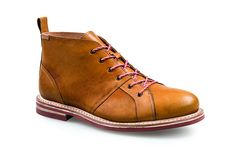 J Shoes, Hiking Boots, Combat Boots, Ankle, Fashion, Moda, Wall Plug, Fashion Styles, Fashion Illustrations