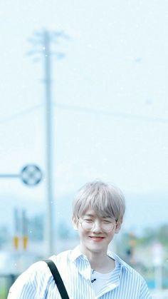 Waking up and greeted by Baekhyunee's smile ☺️🌸💖🌷🌺💞💕💗 Exo Ot12, Chanbaek, Baekhyun Wallpaper, Kai, Exo Lockscreen, Kpop Exo, Wattpad, Exo Members, Park Chanyeol