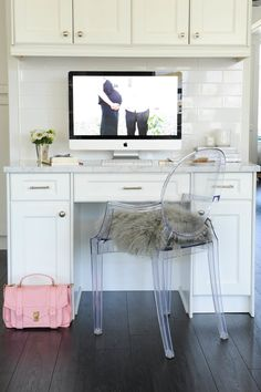 #ghost-chair, #kitchen, #office, #desk, #purse, #handbag, #sheepskin, #kitchen-cabinets, #accent-chair  Photography: Tracey Ayton - traceyaytonphotography.com Design