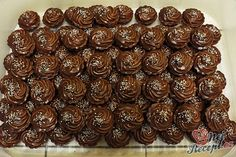 13 z Toffee, Czech Desserts, Rum, Wonderful Recipe, Mini Cheesecakes, Christmas Cookies, Sweet Tooth, Sweets, Candy