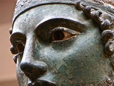 charioteer of delphi Ancient Greek Clothing, Oracle Of Delphi, Diane, Art And Architecture, Archaeology, Art History, Sculptures, Statue, Portrait