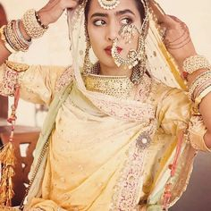 South Indian Bridal Jewellery Jewelry Nose Rings New Ideas Rajasthani Bride, Rajasthani Dress, Indian Bridal Outfits, Indian Bridal Wear, Indian Dresses, Indian Wear, Bridal Bangles, Bridal Jewelry, Bridal Looks