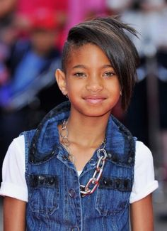 Willow Smith Half-Shaven Hairstyle. Wo.....w!