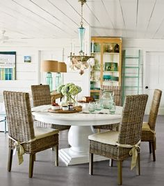 Classic Coastal Cottage Decorating Ideas: http://www.completely-coastal.com/2013/05/coastal-cottage-decorating.html