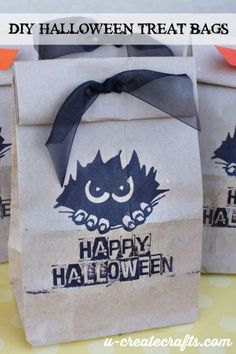How to print out your own Halloween bags!
