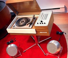 Early 70s 'Rondo 105' Turntable by Telefunken with Ball Speakers  Via