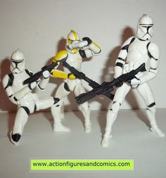 Kenner / Hasbro toys action figures STAR WARS: CLONE WARS 2004 CLONE TROOPER brigade with yellow commander 100% COMPLETE Condition: Excellent Figure size: approx. 3 3/4 inch --------------------------