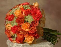 orange wedding bouquete