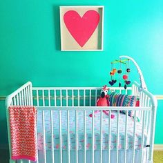 This bright, bold nursery will surely chase away that case of the Mondays! And that flamingo crib sheet?! @thechelseapaige - thanks for the tag!