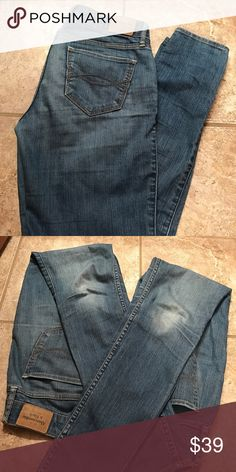 Abercrombie And Fitch Light Wash Jeggings Size: 2 Regular. 26 Width. 29 Length. Abercrombie & Fitch Jeans Skinny
