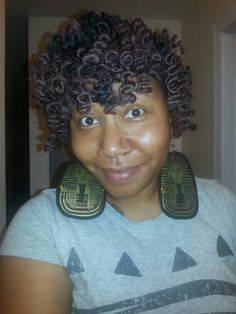 Hey y'all! Here's a pic of my natural curls, I used Cuban hair and it is awesome! I'm actually rockin a faded haircut under this. I never ever thought I would wear a wig but I decided to step out there and try it. I had bad experiences with weave and braids. But it was time for me to do a protective style for the winter. I watched a YouTube tutorial on creating natural hair wig via My Natural Sistas. Here is the link  http://youtu.be/AwuGPQJjsL0  #naturalhairwigs #Cubanhair #MyNaturalSistas…