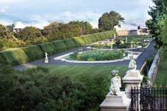 Visit Biltmore Estate & Gardens One Lodge Street, Asheville, NC 28803 http://www.biltmore.com/ Gardens: 9:00 a.m.–Dusk, Daily
