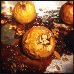 maçã assada – a sobremesa sem culpa | http://comalaemcasa.com.br/2014/10/maca-assada-a-sobremesa-sem-culpa/