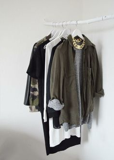 Military green, gold ang light grey.  So... all the girls on the Moorea Seal staff would totally wear all of these, haha!
