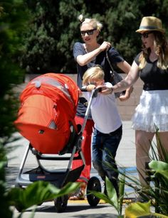 Gwen Stefani takes her boys Kingston, Zuma and Apollo to Griffith Park
