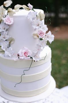 Top 10 Wedding Cake Creators in Malaysia - Part 2 - SUGARTAG (=)
