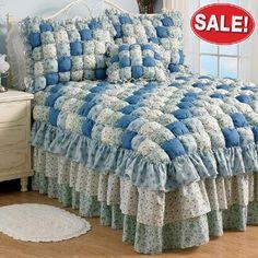 Margaret Puff Quilt Bedspread and Accessories Puff Quilt, Rag Quilt, Draps Design, Baby Quilt Patterns, Quilted Bedspreads, Patch Quilt, Quilt Tutorials, Bed Spreads, Linen Bedding