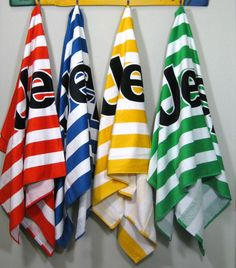Jeep beach Towels.. I will take the blue one please :-)