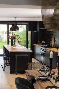 Kitchen Room Design, Modern Kitchen Design, Home Decor Kitchen, Interior Design Kitchen, Kitchen Furniture, Home Kitchens, Loft Kitchen, Decorating Kitchen, Black Kitchens