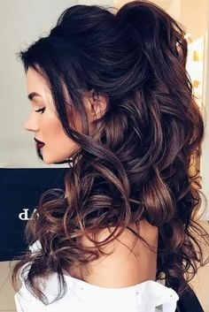 Quick Easy Hairstyles for Long Curly Hair Down Hairstyles, Easy Hairstyles, Straight Hairstyles, Wedding Hairstyles, Gorgeous Hairstyles, Hairstyles 2018, Curly Wedding Hair, Long Curly Hair, Wedding Curls