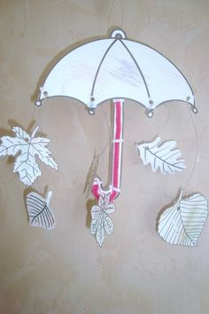 parapluie (dessin) Diy Paper, Paper Crafts, Happy Fall, Crafts For Kids, Barn, Seasons, Autumn, Spring, School