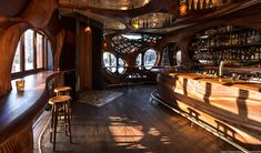 Bar Raval is a new and very interesting addition to the city of Toronto. It's a tapas-style bar envisioned by chef Grant van Gameren and designed by Spanish Design, Spanish Art, Mini Clubman, Cozy Restaurant, Restaurant Design, Window Bars, Pub Design, Studio Design, Store Design