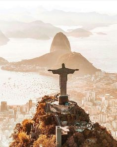Bucket List: Photograph Christ the Redeemer in Rio de Janeiro Cristo Corcovado, Brazil Wallpaper, Places To Travel, Places To See, Travel Destinations, Travel Tips, Nature Photography, Travel Photography, Christ The Redeemer