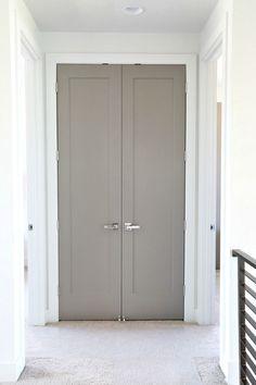 Choosing Interior Door Styles and Paint Colors: Trends Interior door color is Sherwin Williams Dovetail. Interior Door Colors, Grey Interior Doors, Interior Door Styles, Painted Interior Doors, Door Paint Colors, Painted Doors, Home Interior Design, Interior Paint, Contemporary Interior Doors