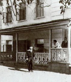 Leo Tolstoy (1828 – 1910) is at the terrace of his house in Yasnaya Polyana estate. 1898. #Leo_Tolstoy