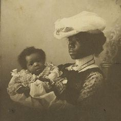 Mother and child, circa 1890s. How often do you see photos like this of well-off black family before the turn of the century? And dark-skinned too! Jamaica let us NEVER forget. http://www.historyofwar.org/articles/people_bogle_paul.html Mrs. King and her four…