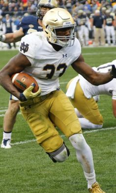 JOSH ADAMS NOTRE DAME RUNNING BACK SO.