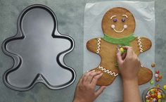 Learn to make a Giant Gingerbread Man for your friends to share this Christmas. With this huge chap there's plenty to go around! Christmas Snacks, Christmas Goodies, Christmas Baking, Christmas Fun, Xmas, Gingerbread Man Cookie Cutter, Gingerbread Cake, Gingerbread Man Pan Recipe, Gingerbread Houses
