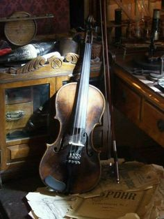 Violin ♫ ❤  Only if mine looked vintage