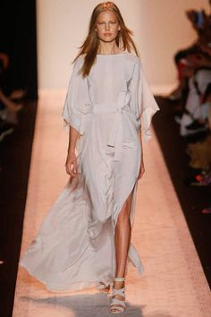 BCBG Max Azria | Spring 2015 Ready-to-Wear Collection | Style.com