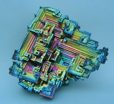 Bismuth crystals | Posted by devidsketchbook.com