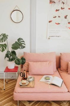 Home Interior Decoration These Stunning Custom Couches Are Really Just IKEA Sofas in Disguise. Cover from Bemz Living Room Sofa, Apartment Living, Living Room Furniture, Living Room Decor, Girls Bedroom Furniture, Apartment Ideas, Living Rooms, Bedroom Ideas, Rosa Couch