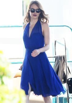 "Emma Stone Reunites With Ryan Gosling for Musical Dramedy ""La La Land"" in Kurt Geiger"