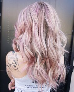 Top 30 Long Blonde Hair Ideas of 2019 Long rose gold blonde hair Blonde Hair With Purple Tips, Rose Gold Hair Blonde, Blonde Hair Makeup, Balayage Hair Blonde, Platinum Blonde Hair, Hair Color For Black Hair, Brunette Hair, Pink Hair, Julianne Hough