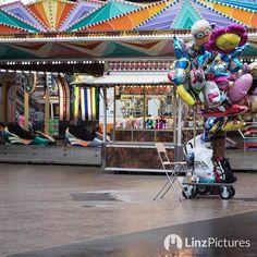 #jössas nix los #heute auf da #provinzwiesn  #urfahranermarkt #leer #urfahr #linz #entertainment #rain #instaweather #punschtime #igerslinz #jahrmarkt #wiesn #linza #empty #regen #wetter #umsatz #mood