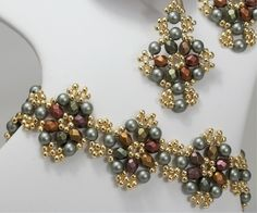 Deb Roberti's Blossom Bracelet and Earrings pattern done in Powder Green Swarovski Pearls