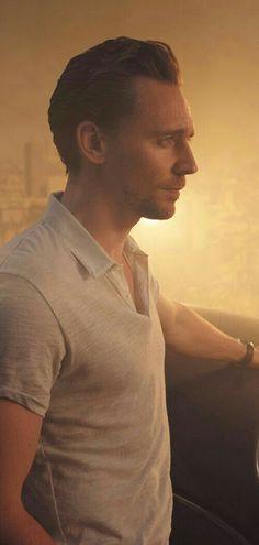 Tom Hiddleston by Kurt Iswarienko. Thomas William Hiddleston, Tom Hiddleston Loki, Hades, My Tom, Marvel Actors, Loki Laufeyson, Best Actor, Chris Hemsworth, Perfect Man