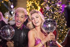 Jordan Fisher and Lindsay Arnold!!! The winners!! OH MY GOD